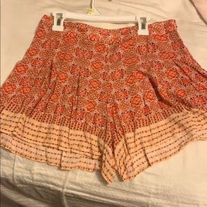 high waisted flowy shorts with rustic-ish pattern